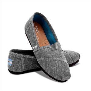 TOMS Classic Dark Grey Marled Jersey Slip On Sz 8